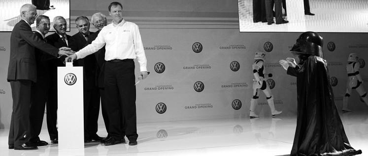 Abgaswerte manipulieren? Darth Vader gefällt das. (Foto: Volkswagen AG)