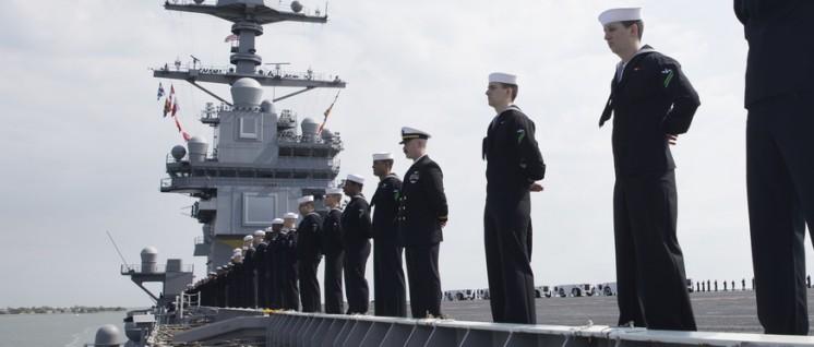 Die US-Marine, hier ein Flugzeugträger, ist gegen Nordkorea einsatzbereit (Foto: U.S. Navy photo by Mass Communication Seaman Gitte Schirrmacher/Released)