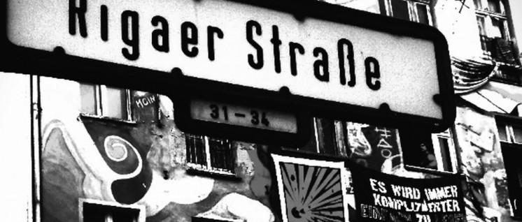 Berlin, Rigaer Straße: Das linksradikale Szene-Idyll ist bedroht. Die einen werfen Steine. Die anderen gehen auf ihre Nachbarn zu. (Foto: Bianca Vola / flickr.com / CC BY-ND 2.0)