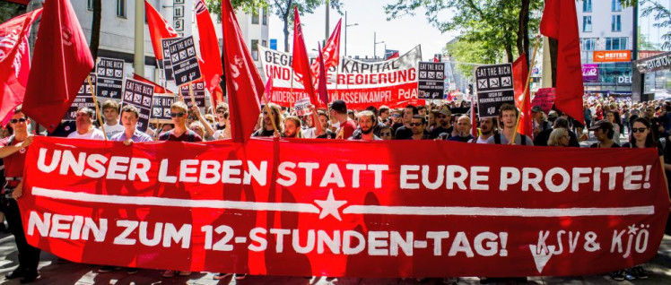Demonstration gegen den 12-Stunden-Tag (Foto: Andreas Ribarits)