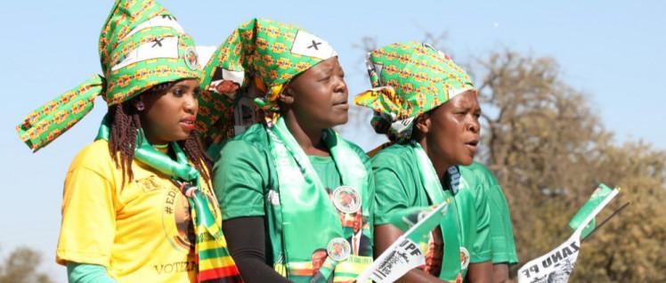 Anhängerinnen der Regierungspartei ZANU PF im Wahlkampf. (Foto: ZANU PF / Tafadzwa_Ufumeli)
