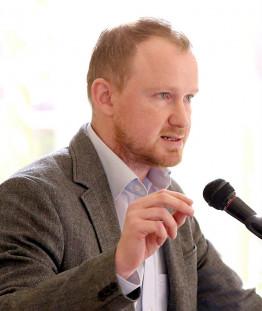 Christian Leye ist stellvertretender Landessprecher der nordrhein-westfälischen Linkspartei und lebt in Bochum.