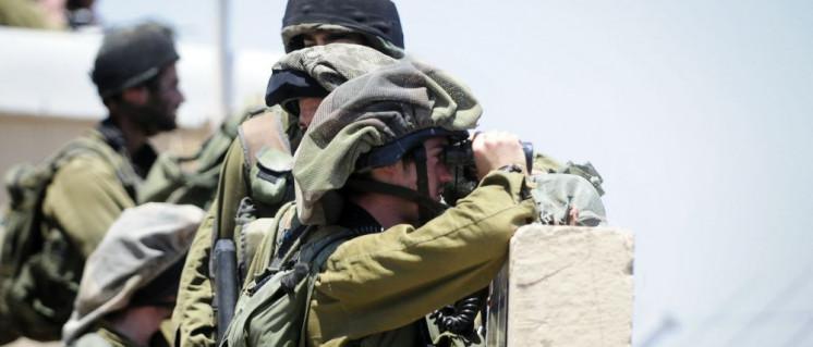Blick auf Syrien: Israelische Soldaten an der Grenze. (Foto: [url=https://www.flickr.com/photos/idfonline/5805435656/] Israel Defense Forces/flickr[/url])