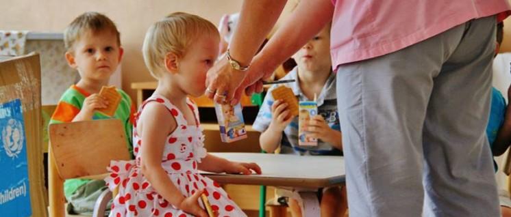 Dank humanitärer Hilfe ist die Versorgung der Kinder gesichert. (Foto: flickr.com/CC BY-ND 2.0/photos/nicovendome55/16961684348)