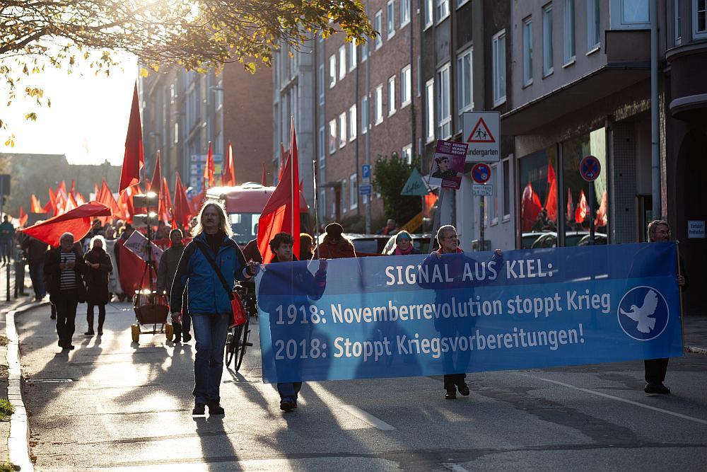 Erinnerung an die Friedensbewegung vor 100 Jahren.