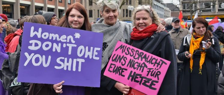 Frauen wollen sich nicht durch rechte Hetzer missbrauchen lassen. (Foto: Berthold Bronisz/r-mediabase.eu)