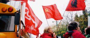 Lassen sich nicht spalten: Flamen und Wallonen, christliche und sozialdemokratische Gewerkschaften protestierten gemeinsam gegen die von der Regierung geplanten Kürzungen. (Foto: Frank Furter/flickr.com/CC BY-NC 2.0)