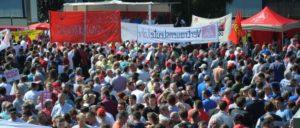 Bosch-Kolleginnen und -Kollegen demonstrieren in Homburg/Saar (Foto: Rainer Dörrenbecher)