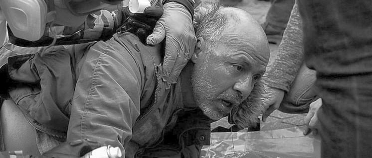 12000 Gummigeschosse gegen Gelbwesten, 200 Verletzte (Foto: [url=https://fr.wikipedia.org/wiki/Fichier:Les_Gilets_Jaunes_(46538161054).jpg]Patrice CALATAYU[/URL]])