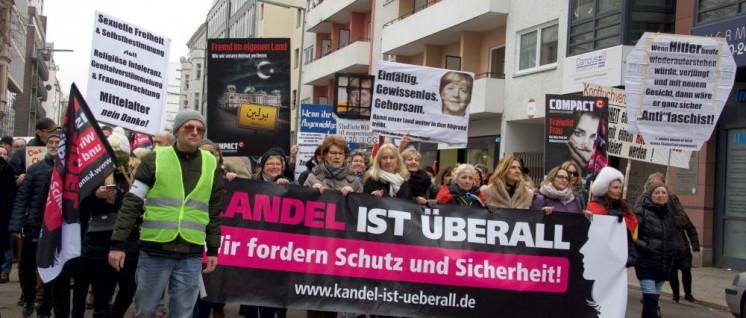 Bei der rechten Frauendemo in Berlin vereinigten sich irrationale Angst und reaktionäre Ideologie. (Foto: Gabriele Senft)