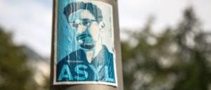 Gerade erst hat Frankreich abgewunken in Sachen Asyl für Snowden. In Deutschland machen Politiker von Union wie von der einstigen Bürgerrechtspartei FDP Stimmung gegen den Whistleblower. 2020 läuft die Aufenthaltsgenehmigung für Snowden in Russland aus. (Foto: [url=https://flickr.com/photos/diversey/15186216900]Tony Webster[/url])
