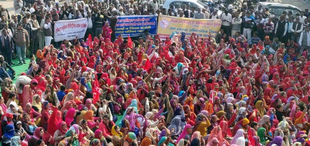 Streikdemonstration während des Generalstreiks in Palwal im Bundesstaat Haryana