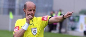 Beruf: Fußballschiedsrichter. Konrad Plautz. (Foto: [url=https://commons.wikimedia.org/wiki/File:Konrad_Plautz,_Schiedsrichter_(4).jpg]Steindy/Wikimedia Commons[/url])