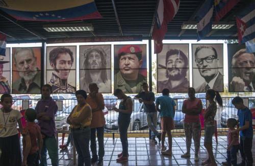 Ein fast surreales Bild in einem Stadtviertel von Caracas