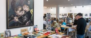 """Eröffnung der Kunstausstellung """"Es geht auch anders"""" in der """"junge Welt""""-Galerie (Foto: Christian Ditsch)"""