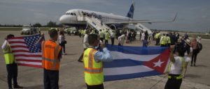 Die US-amerikanische Fluggesellschaft Jet Blue eröffnet nach mehr als einem halben Jahrhundert der Blockade eine neue Fluglinie nach Kuba. (Foto: Ismael Francisco/ Cubadebate)