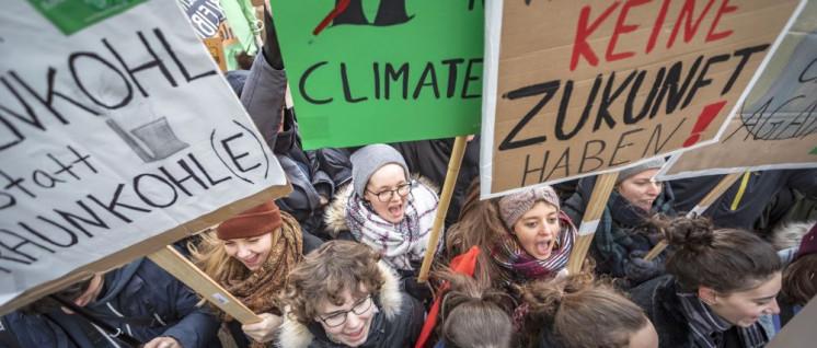 Schüler gehen in Berlin für das Klima auf die Straße. (Foto: WWF / Jörg Farys)