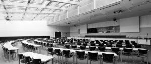 Sitzungssaal der SPD-Fraktion: Nur vier SPD-Abgeordnete stimmten am vergangenen Freitag im Bundestag gegen das erpresserische Hilfspaket. Einer von ihnen war Peer Steinbrück. Dem war die Sache nicht drakonisch genug … (Foto: Robin Krahl, CC-by-sa-4.0)
