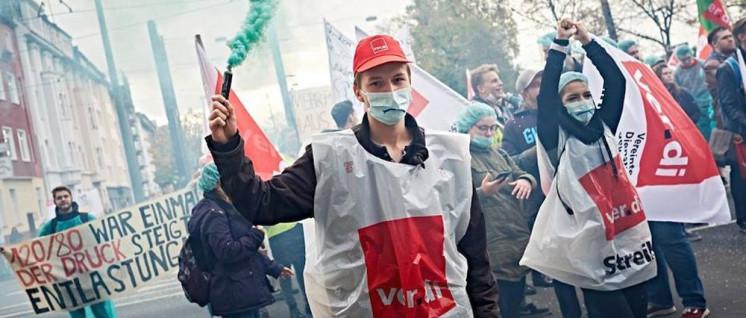 Der Druck der Pflegekräfte für bessere Arbeitsbedingungen wächst bundesweit (Foto: Düsseldorfer Bündnis für mehr Personal im Krankenhaus via facebook  )