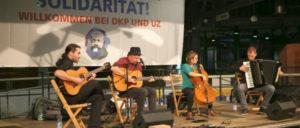 """Die """"Grenzgänger"""" sangen und spielten den versteinerten Verhältnissen ihre eigene Melodie vor. (Foto: Reiner Engels / r-mediabase.eu)"""