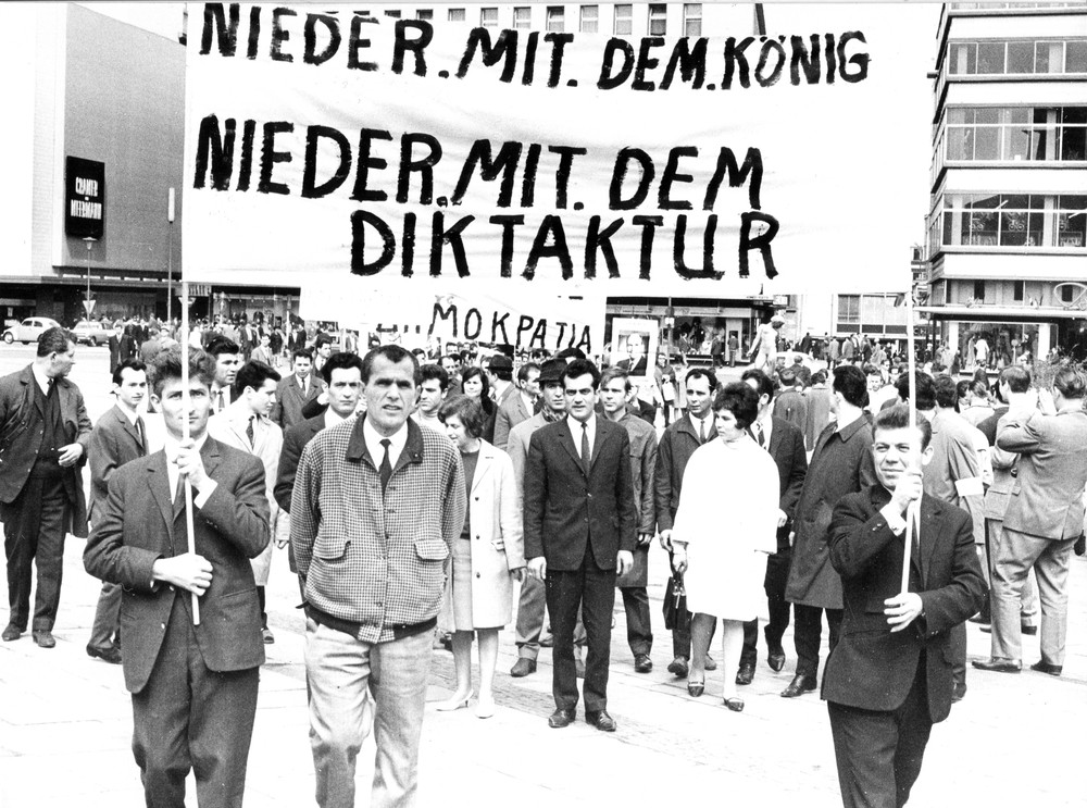Demonstration gegen die Obristenherrschaft in Essen, 29. April 1967.