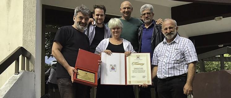 Gabriele Senft nach der Verleihung der Ehrenbürgerschaft der serbischen Stadt Varvarin