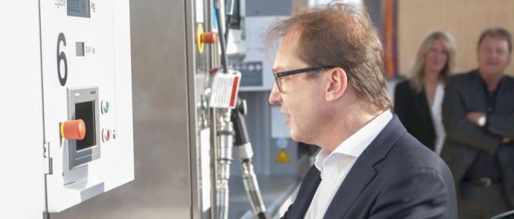 Alexander Dobrindt (CSU) versucht sich als Brandbeschleuniger (Foto: [url=https://www.flickr.com/photos/bmvi_de/36539515304/]BMVI/flickr.com[/url])