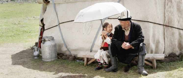 "Traditionelle Lebensart verschwindet. Szenenfoto aus ""Nomaden des Himmels"" (Foto: FilmFestivalCottbus)"