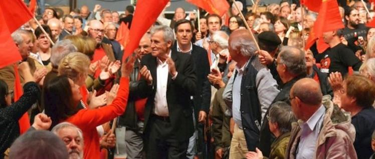 Jerónimo de Sousa, Generalsekretär der PCP,  inmitten seiner Genossen bei der Festveranstaltung in Lissabon. (Foto: PCP)