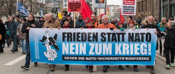Demonstration gegen die Münchener Sicherheitskonferenz 2017 (Foto: redpicture)
