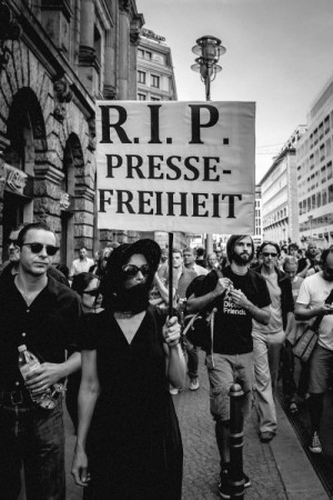 Pressefreiheit ist wichtig, aber man muss sie auch ernst nehmen.