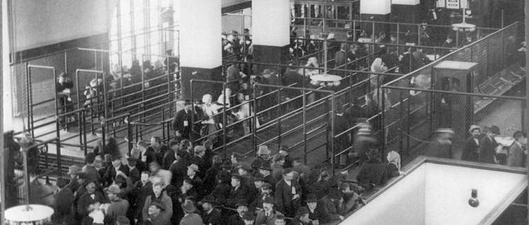 Einwanderer auf Ellis Island in New York