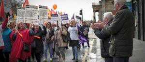 8000 Frauen gingen in Glasgow auf die Straße. (Foto: Public Services International/flickr)