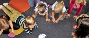 Kinder und Erzieherinnen und Erzieher brauchen kleinere Gruppen in den Kitas.