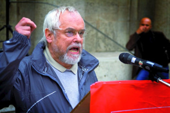 Manfred Jansen ist Vorsitzender des Branchenaktivs Gesundheitswesen der DKP Stuttgart. Er war vor seinem Renteneintritt IGM-Vertrauenskörperleiter und Betriebsratsvorsitzender.