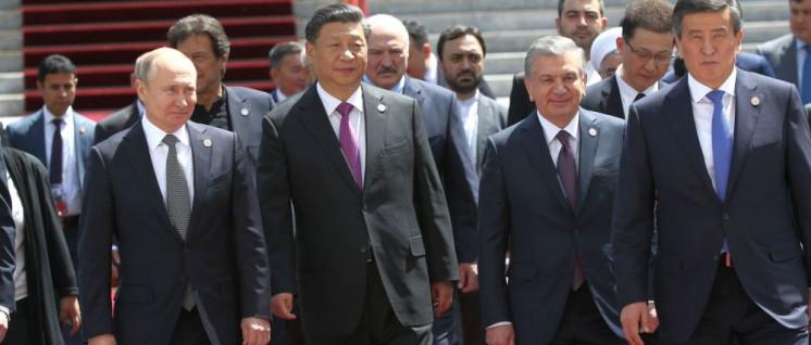 Die Präsidenten Wladimir Putin und Xi Jingping beim 19. Treffen der Shanghai Cooperation Organisation im kirgisischen Bischkek (Foto: kremlin.ru)
