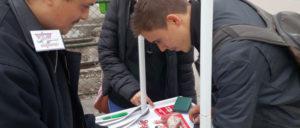 26 000 Unterschriften hat die Ungarische Arbeiterpartei für die Zulassung zur EU-Wahl gesammelt. (Foto: Ungarische Arbeiterpartei)