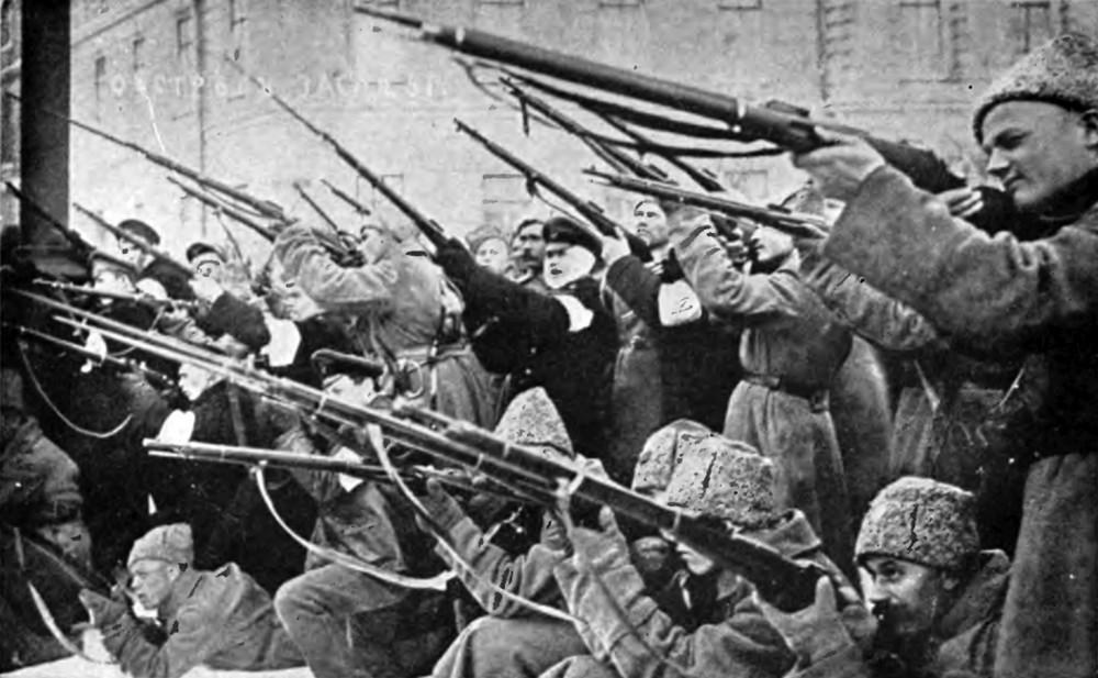 Angriff auf die Zarenpolizei während der ersten Märztage 1917