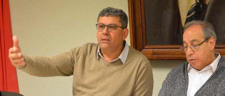 Adel Amer bei einer Veranstaltung der DKP in Essen, rechts im Bild der Dolmetscher George Rashmawi (Foto: Thomas Brenner)