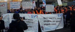 Mit kämpferischen Aktionen setzte die EVG einen Tarifvertrag mit Wahlmodell durch. (Foto: EVG)