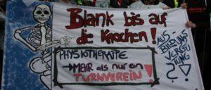 Warnstreik in Düsseldorf. Unter den Tausenden auch Kolleginnen und Kollegen von den Essener Uni-Kliniken. (Foto: Schedelbauer)