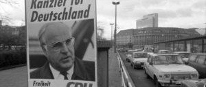 Wahlkampfdemagogie Anfang der 1990er Jahre: Was versprachen Helmut Kohl und Kumpane nicht alles an blühenden Landschaften und was gingen ihn und seinesgleichen ihr Geschwätz von gestern dann noch an? (Foto: Harald Kirschner, Bundesarchiv B 146)
