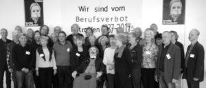 Udo Paulus im Kreise seiner MitstreiterInnen. (Foto: Klaus Stein)