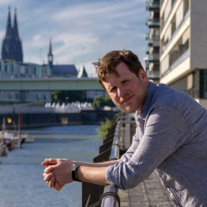 Stephan Somberg ist Gewerkschaftssekretär im Fachbereich Medien, Kunst und Industrie des ver.di-Bezirks Köln-Bonn-Leverkusen.