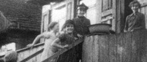 """Kinder im """"Stetl"""": Noch zehn Jahre … (Foto: absolutmedien)"""