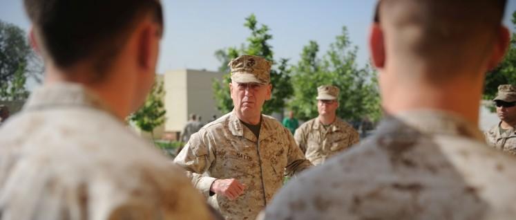 """Der """"verrückte Hund"""" James """"Mad Dog"""" Mattis ist ein erprobter Kriegstreiber und für den Posten des Verteidigungsministers vorgesehen. (Foto: U.S. Embassy in Kabul)"""