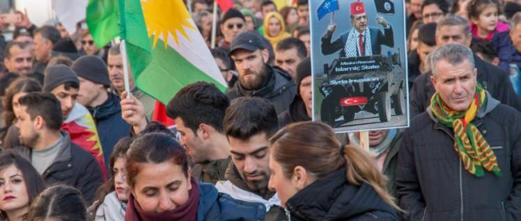 Seit Beginn der Angriffe auf Afrin gab es bundesweit Solidaritätsaktionen wie hier am vergangenen Samstag in Köln (Foto: redpicture)