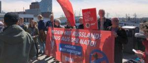 DKP Hamburg auf dem Hafengeburtstag: Nein zur NATO! (Foto: Michael Götze)