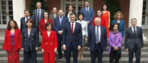 """Das """"weiblichste Kabinett"""" Europas – abgesehen davon ist von der Regierung Sánchez nicht viel Fortschritt zu erwarten (Foto: Pool Moncloa/J.M. Cuadrado)"""
