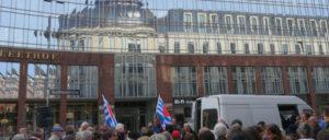 Kundgebung während der Eröffnungsfeierlichkeiten am 2. Mai (Foto: Ilse Jacob)